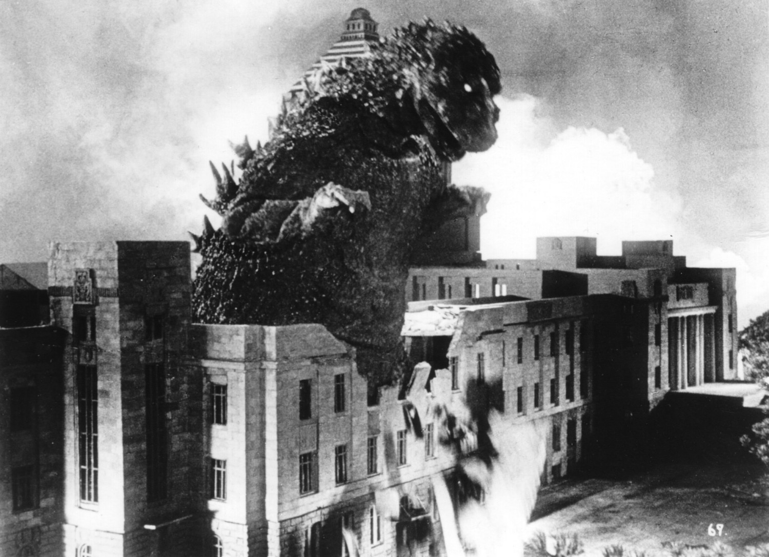 Godzilla And The Age Of Atomic Anxiety The Dissolve